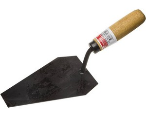 Кельма каменщика с деревянной ручкой КК
