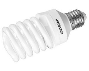 "Энергосберегающая лампа СВЕТОЗАР ""КОМПАКТ""спираль,цоколь E27(стандарт),Т2,теплый белый свет(2700 К), 8000час, 25Вт(125)"